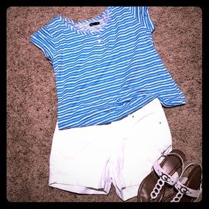 Gap summer blue and white T-shirt.